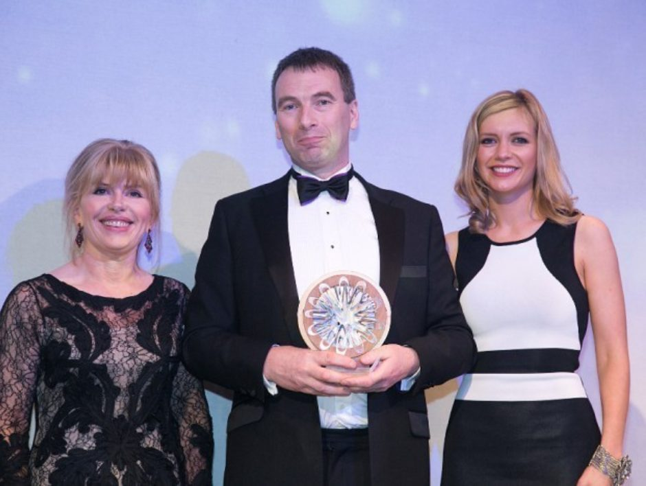 Well-SENSE founder presented with Significant Contribution Award at Offshore Achievement Awards